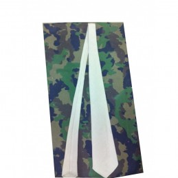 Cravate beige Armée...